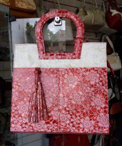 bolso para dama color rojo con flores combinado (2) 618 grande