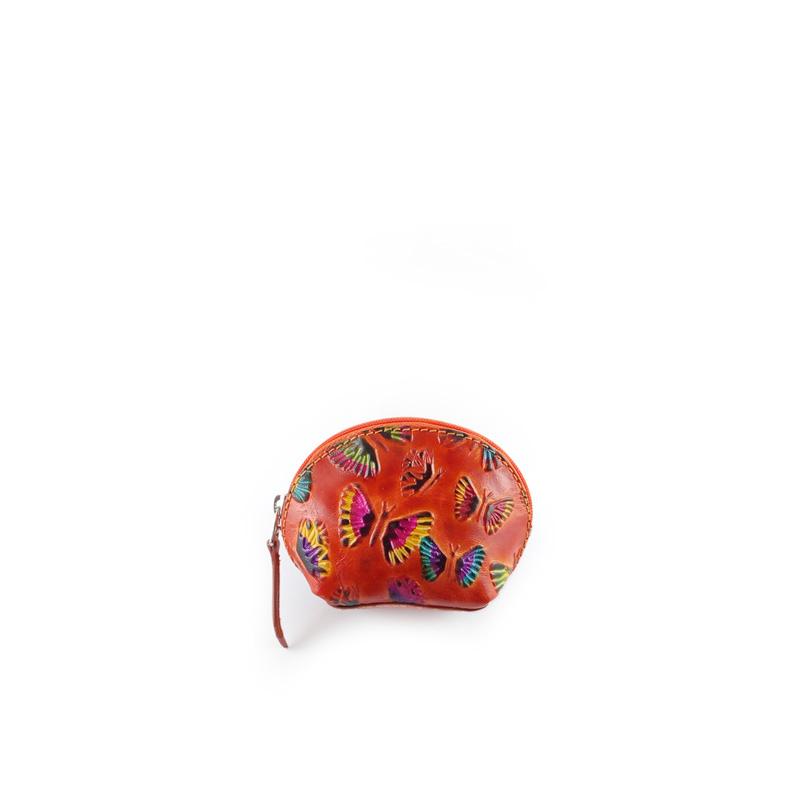 Monedero fabricado en cuero original media luna de color naranja con mariposas repujadas y pintadas a mano