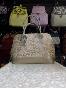 Bolso Cuero Dorado - Flores