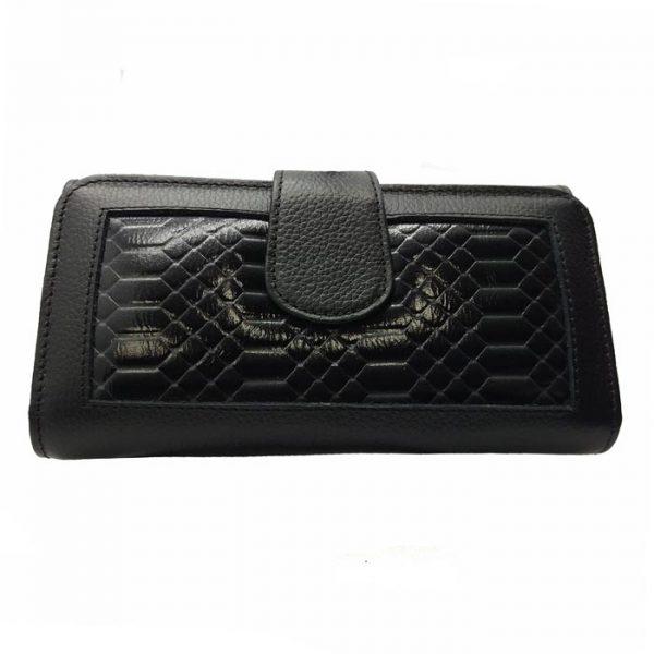 Billetera de cuero color negro